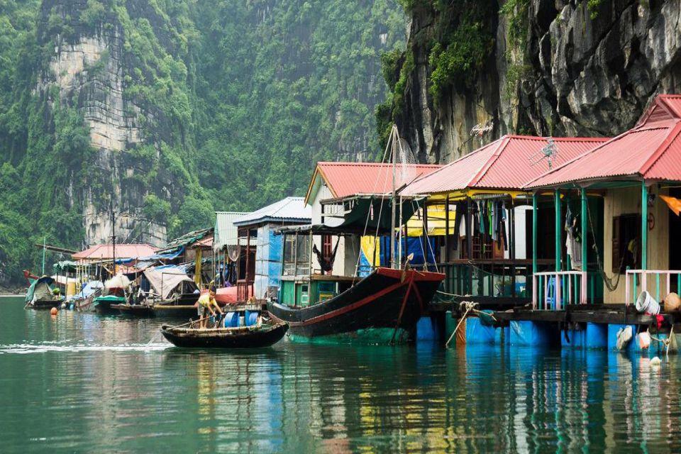 cua-van-floating-village-valentine-cruise-2-days-1-night