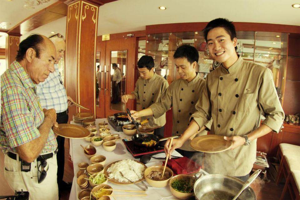 fr-cooking-class-huong-hai-sealife-cruise-3-days-2-nights