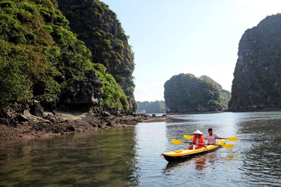fr-kayaking-valentine-cruise-3-days-2-nights-2