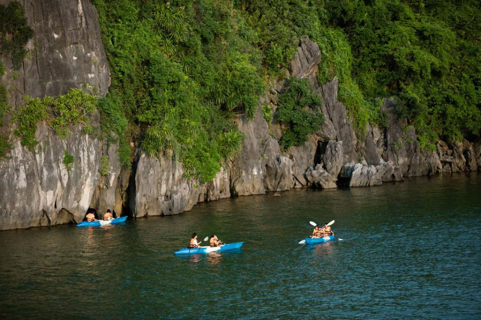 kayaking-indochina-sails-2-days-1-night-4