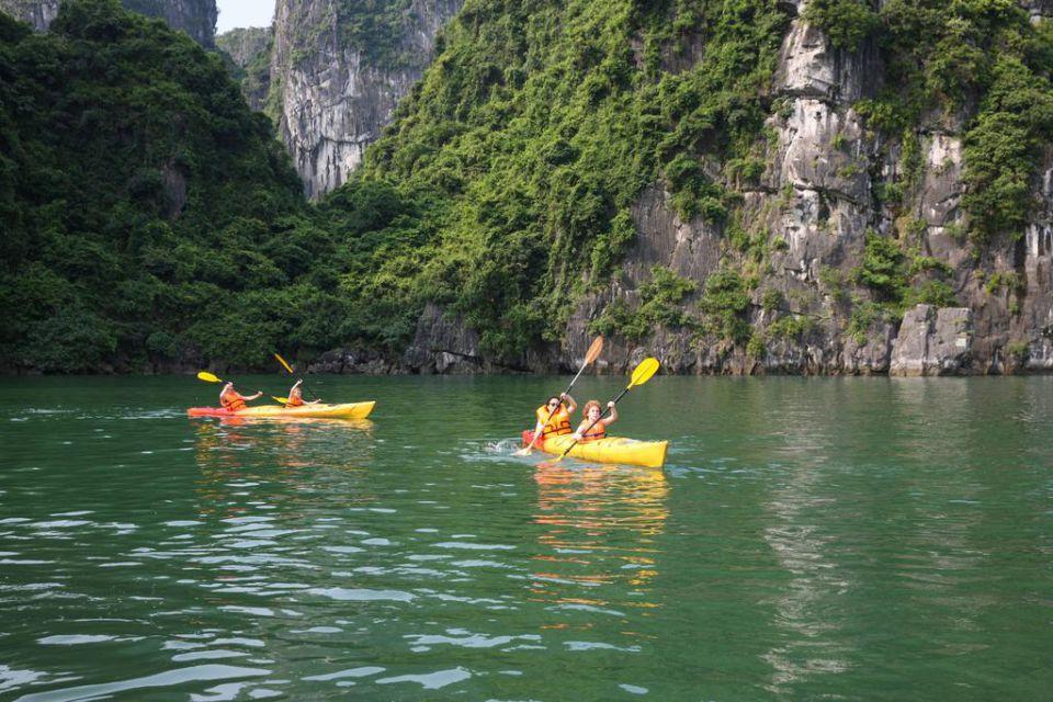 kayaking-la-paci-cruise