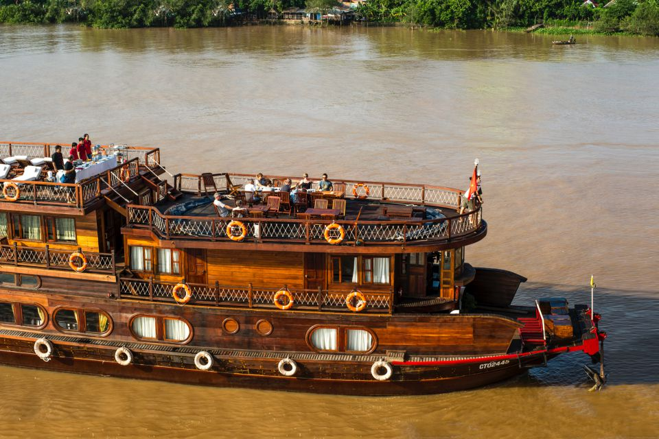 mekong-eyes-cruise-3-days-saigon-phu-quoc-2