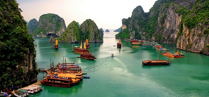 Halong Bay weather in December