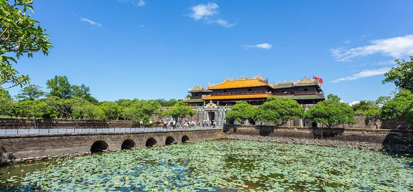 Where to visit when traveling to Hue ancient capital?
