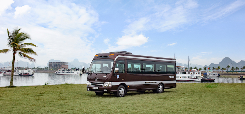 How to get to Halong Bay from Hanoi by luxury bus