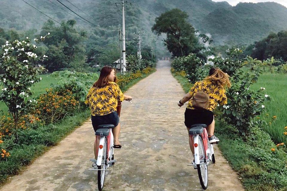 biking-in-mai-chau