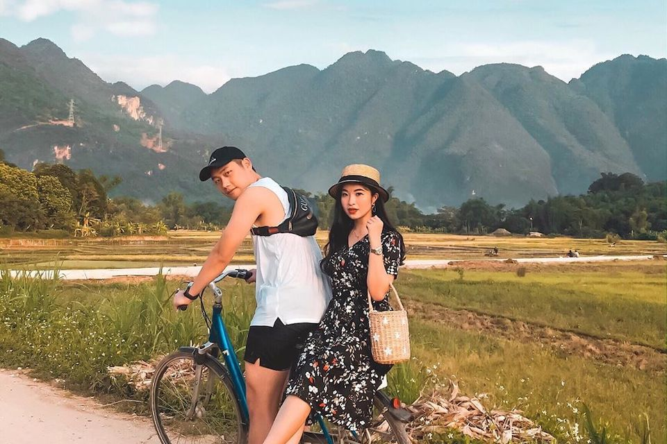 biking-in-mai-chau
