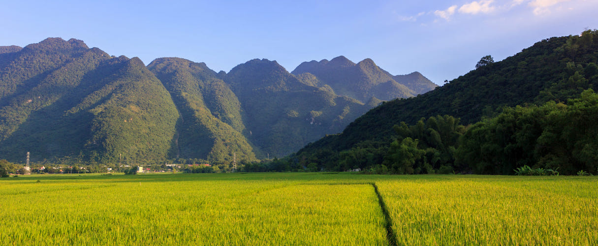 Mai Chau 2 days classic group tour