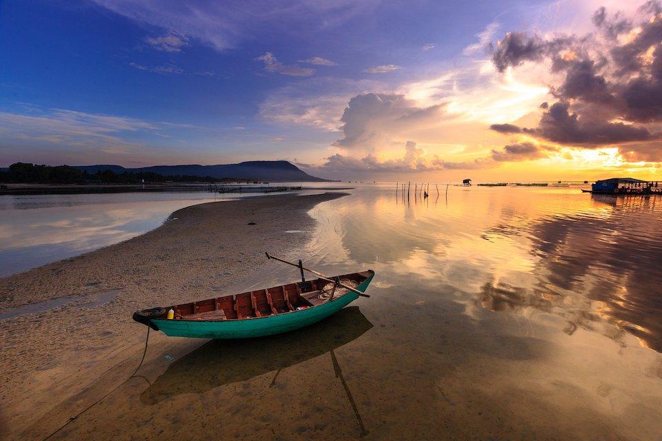 ham-ninh-fishing-village-phu-quoc-southrn-island-day-tour-4