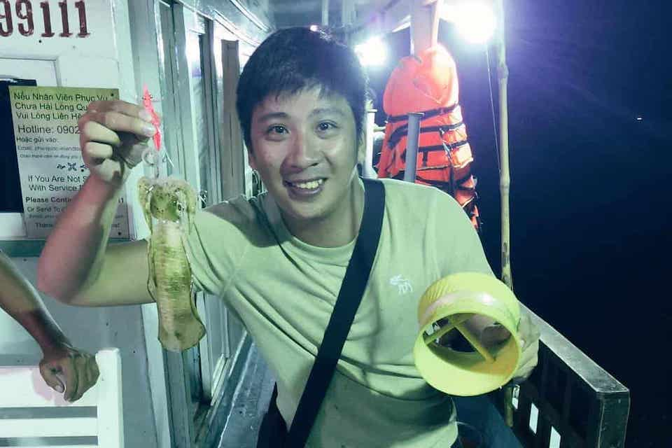 phu-quoc-night-fishing-sunset-BBQ&night-squid-fishing-in-phu-quoc-1