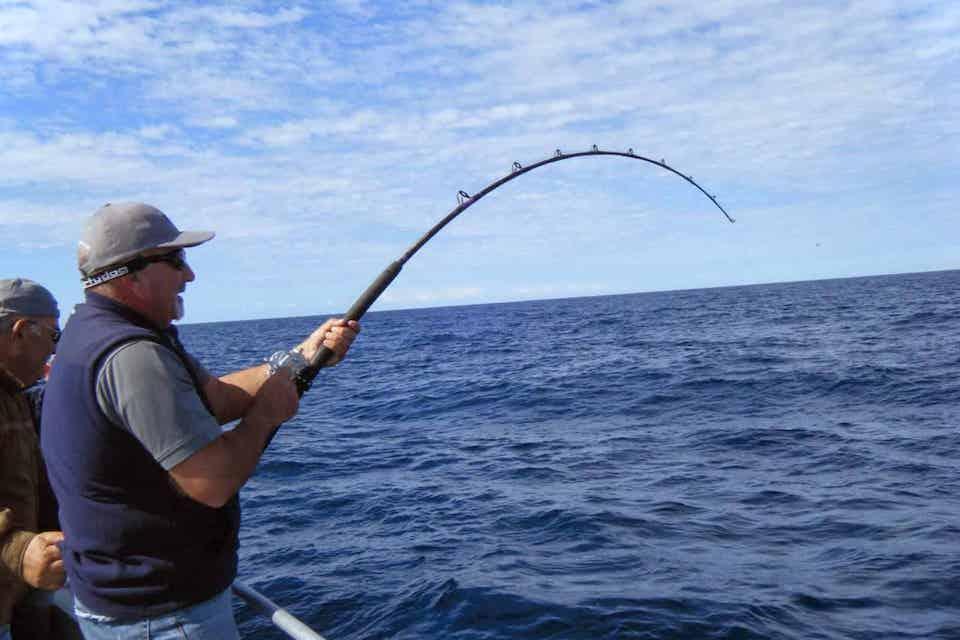 vi-phu-quoc-sunrise-fishing-tour-3
