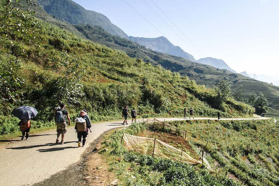 sapa-trekking-and-coc-ly-market-1