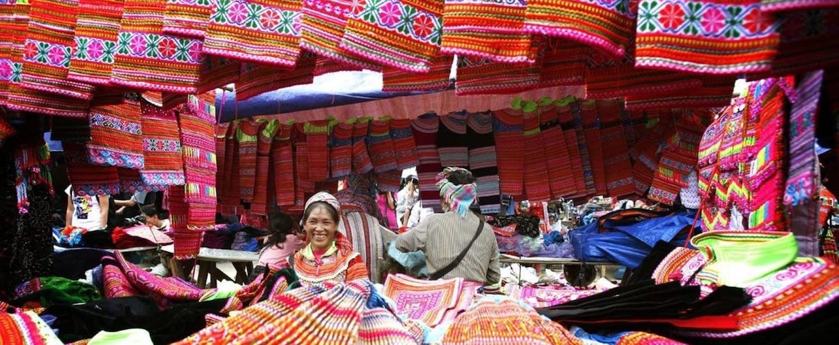Sapa Trekking and Coc Ly Market 2D3N by train