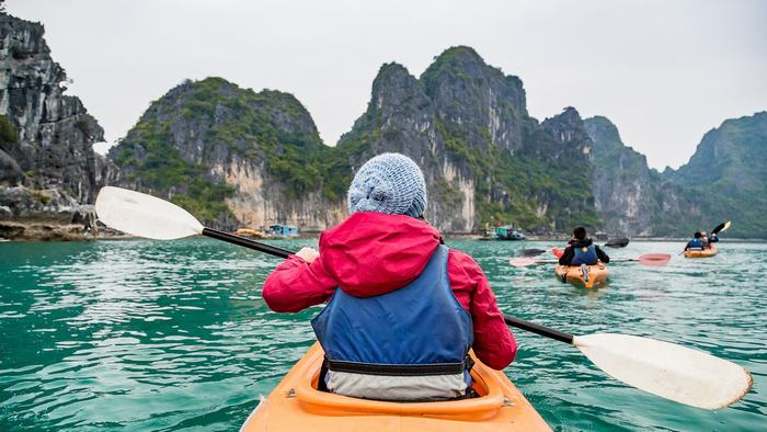 Kayaking in Bai Tu Long