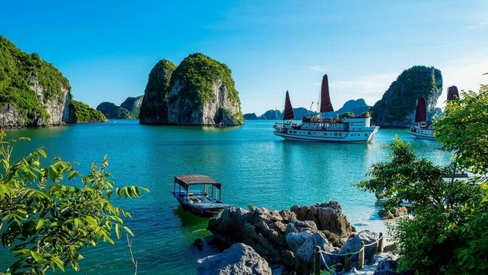 The stunning view of Bai Tu Long Bay