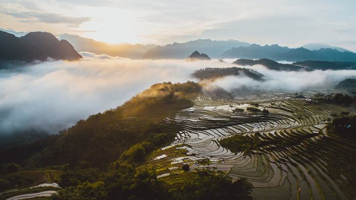 Pu Luong Peak