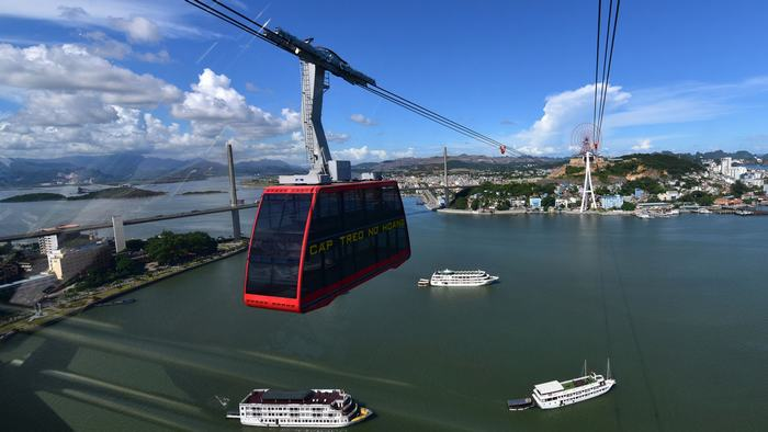 Queen Cable Car