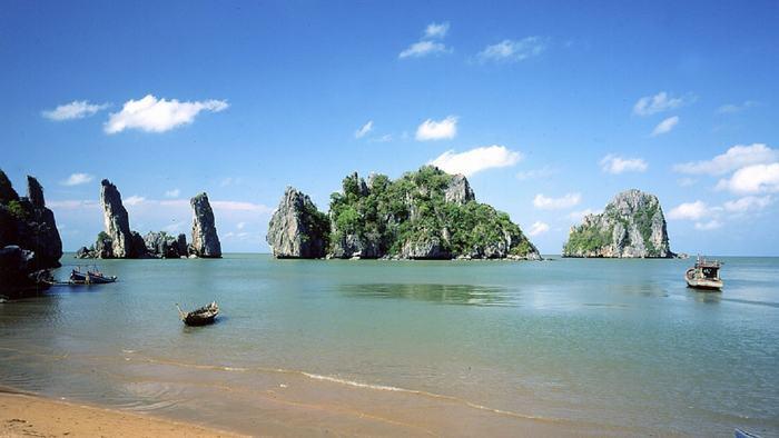 Ba Lua Island