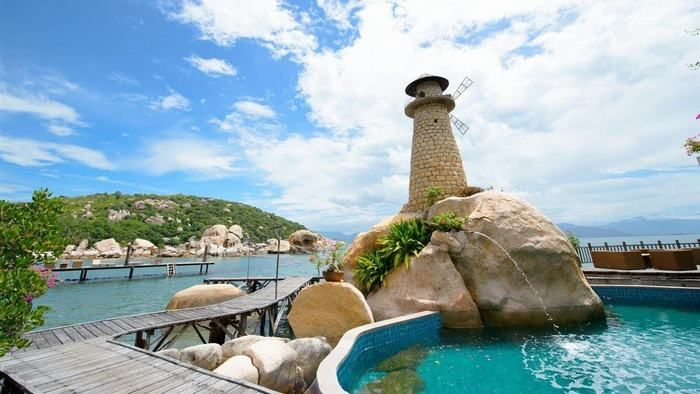 Binh Lap Peninsula