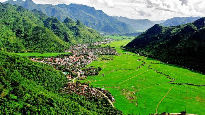 The peaceful scenery of Mai Chau