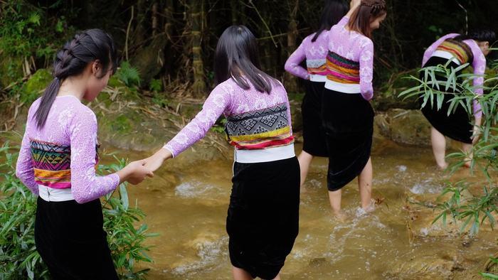 Local people in Mai Chau