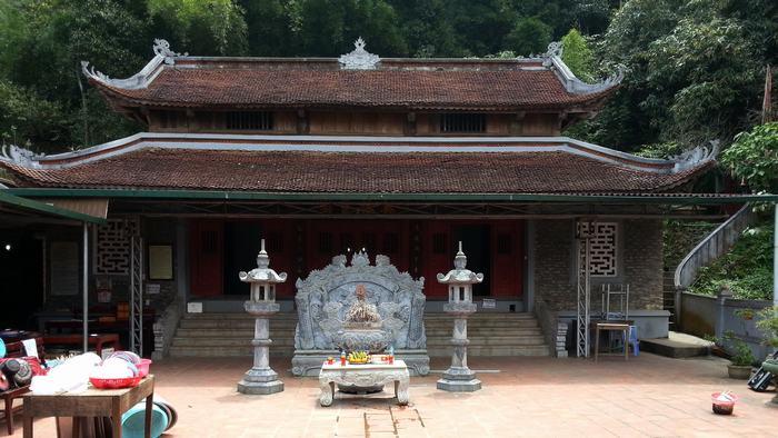 Mau Son Temple