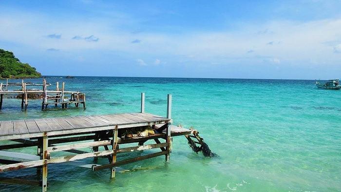 Chuong Beach