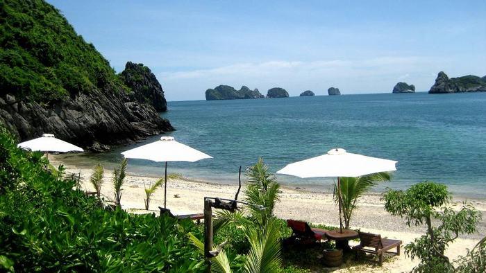 Stunning Tuan Chau beach