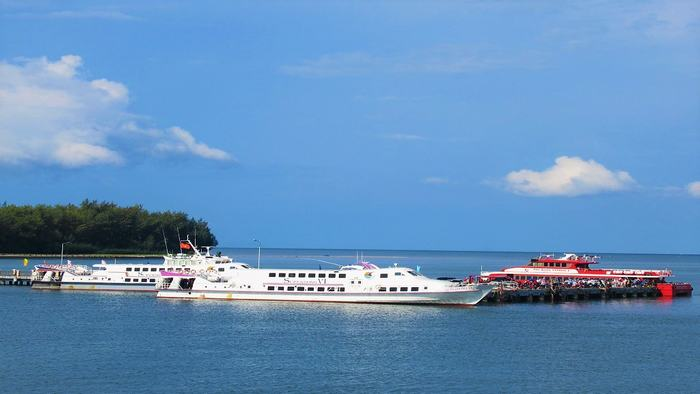 High-speed boat to Phu Quoc
