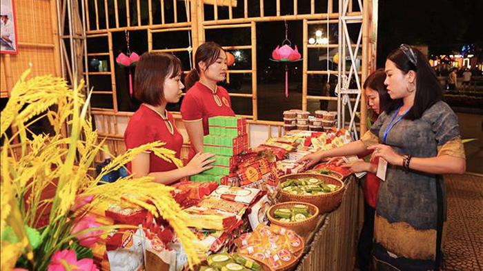Vietnamese cuisine in the festival