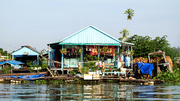 Chau Doc floating houses