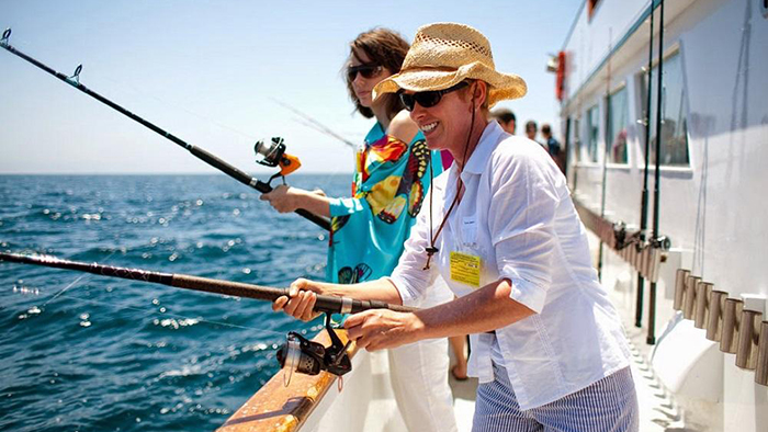 Go fishing is an activity you should not miss in Phu Quoc
