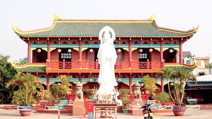 Sung Hung pagoda of Phu Quoc island