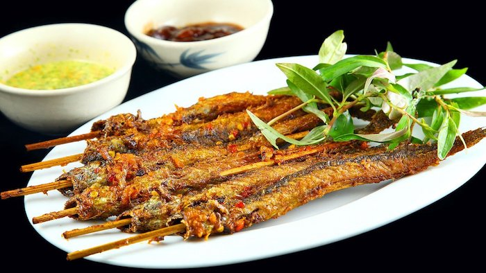"An Giang grilled ""climbing"" fish"