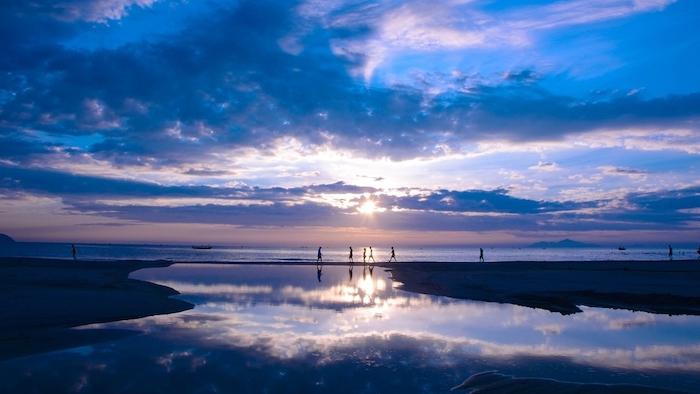 Sunrise on Bac My An beach