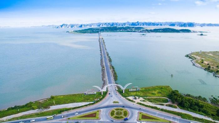 Tuan Chau harbor
