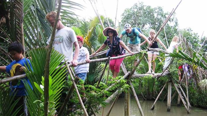 Activities of the Mekong Delta 2-day tours