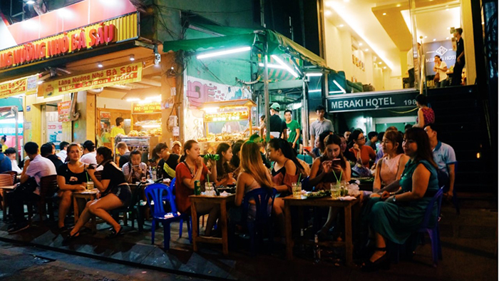 The dynamic space in Bui Vien walking street