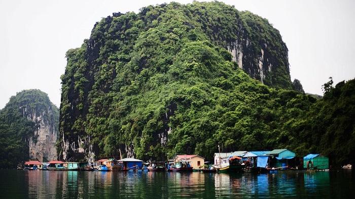 Cong Dam fishing village