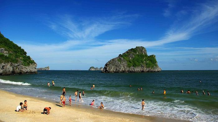 Beaches in Lan Ha