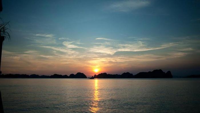 Sunset on Ngoc Vung beach