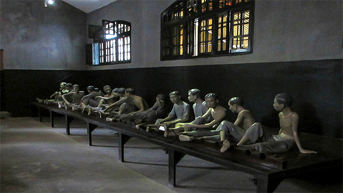 The detainment room in Hoa Lo prison (via flickr.com)
