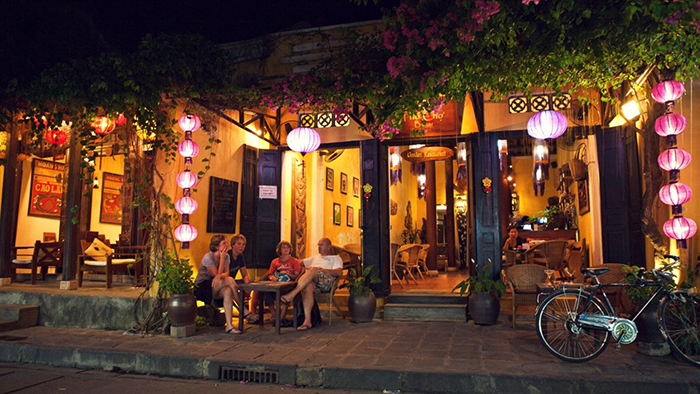 Relaxing in the fresh atmosphere of Hoi An (hoian.gov.vn)