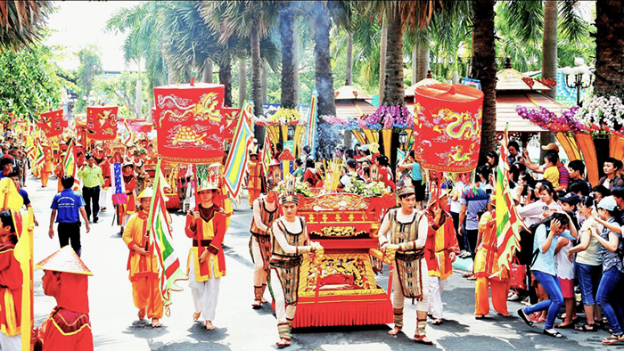 The procession of Hung King Temple Festival