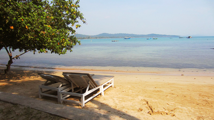 Enjoy the beach of Phu Quoc at Mai Phuong