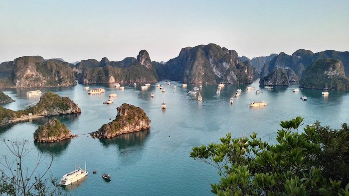 You can stay on a luxury cruise to enjoy Halong Bay