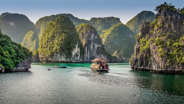 Halong Bay weather in March