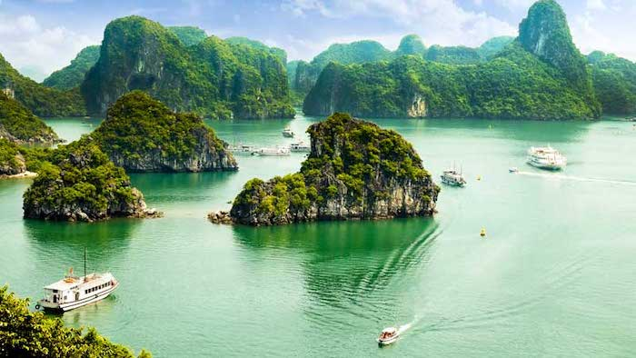 The scenery in Halong Bay in May