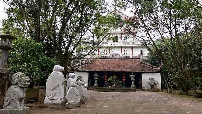 Au Co Mother Temple