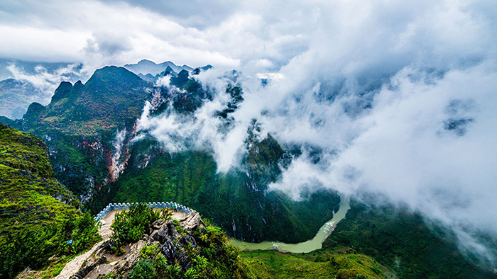 Majestic nature in Ha Giang (news.zing.vn)